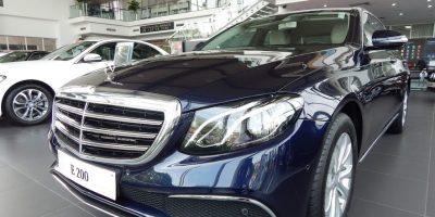 xe-Mercedes E200